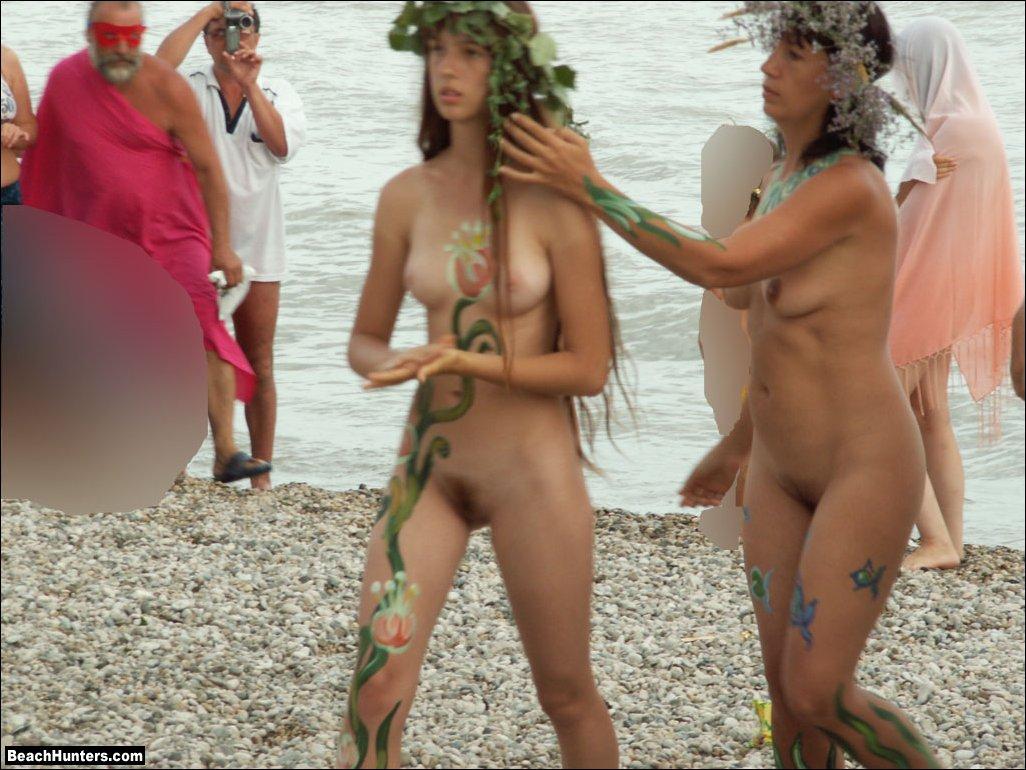 Nude Beach Girls Voyeur